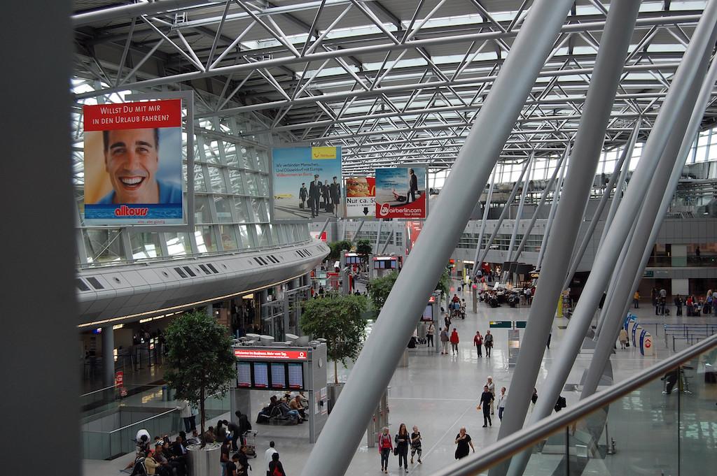 Flughafenseelsorge sucht Ehrenamtliche