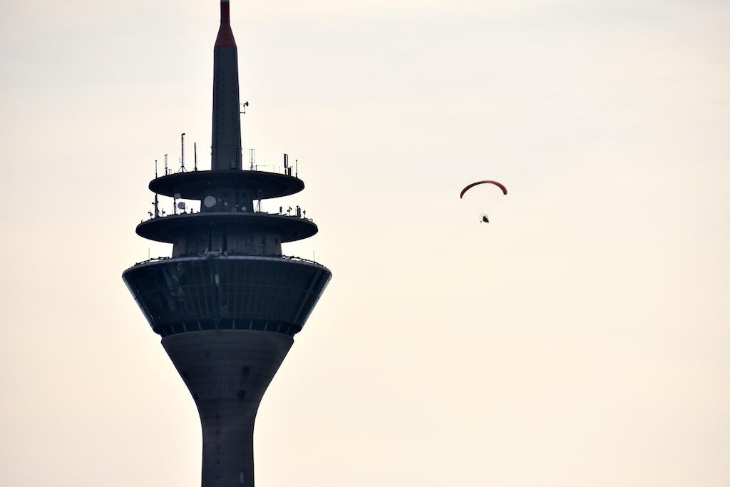 Ein paar Runden um den Rheinturm