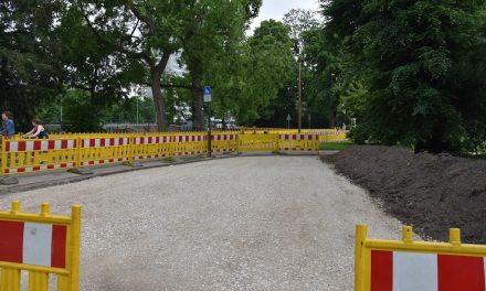 Baustraße durch den Hofgarten