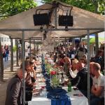 Die Lange Tafel 2017 Rheinuferpromenade Düsseldorfer Altstadt Burgplatz – Alter Hafen