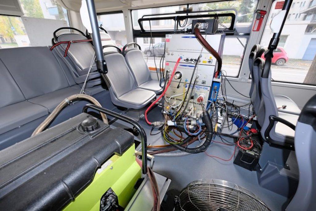 Messtechnik im Bus Foto Rheinbahn