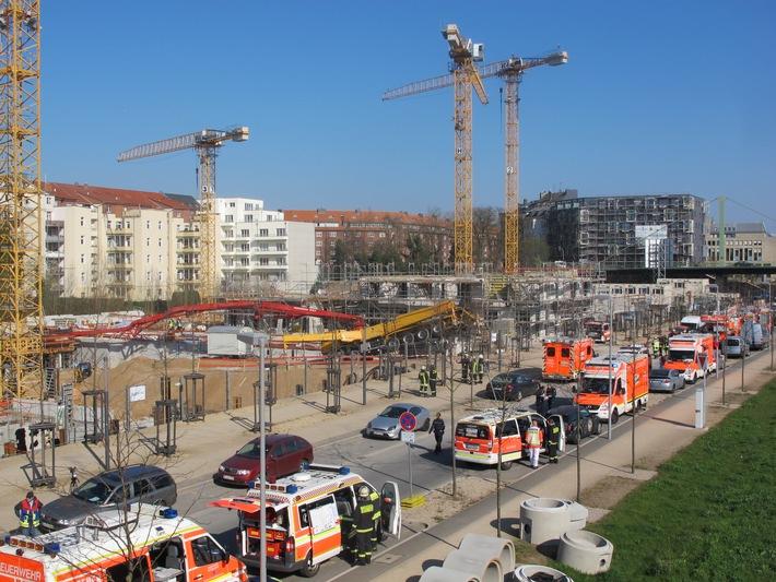 fw-d-arbeitsunfall-auf-baustelle-zwei-arbeiter-verstorben-einer-schwer-verletzt-duesseldorf-montag-1