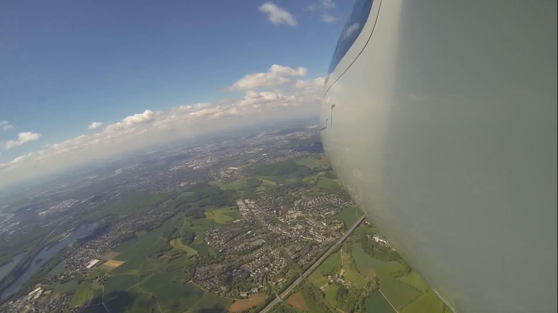 Duesseldorf (Large)