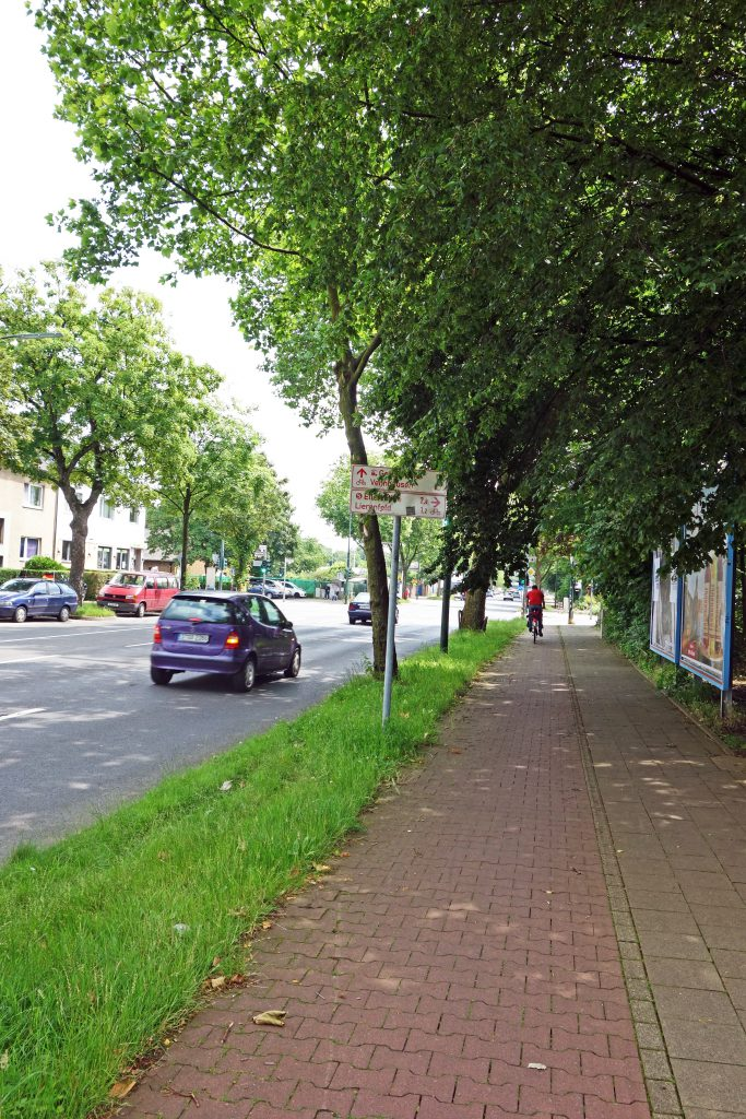 Königsberger / Ecke Posender Straße: Die einkaufsvagen sind weg Foto: Lokalbüro