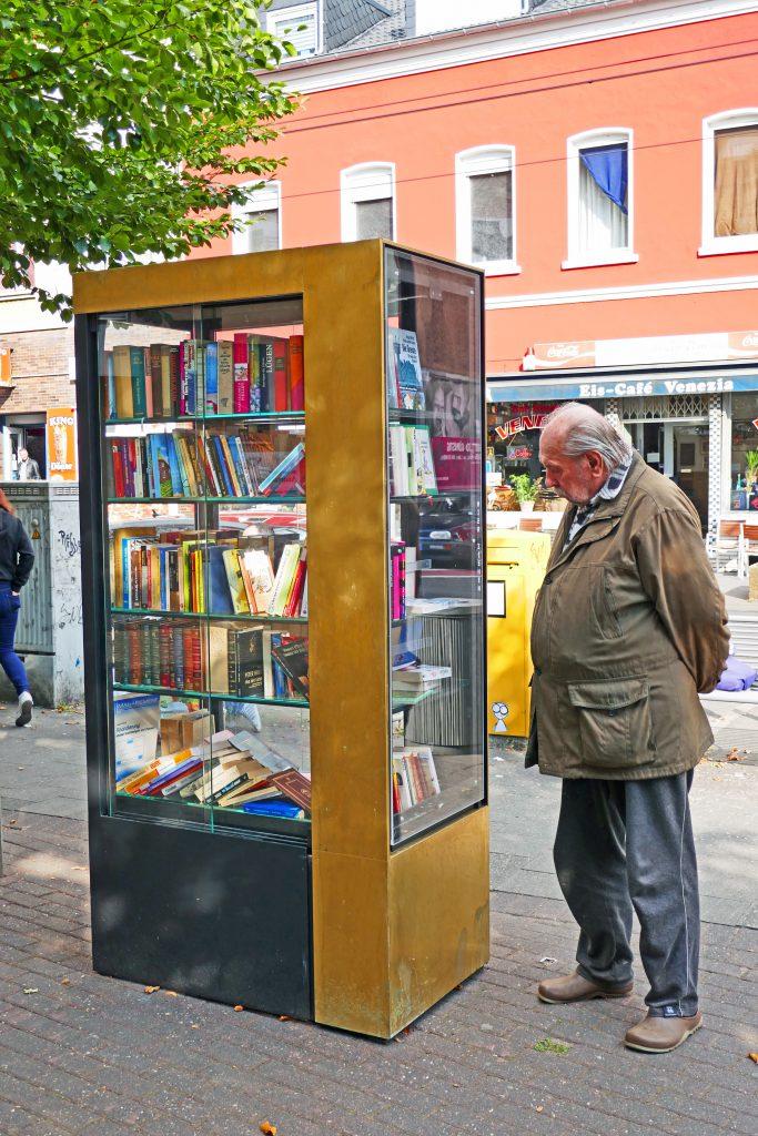 Gerresheims neue Bücherbox  Foto: LOKALBÜRO