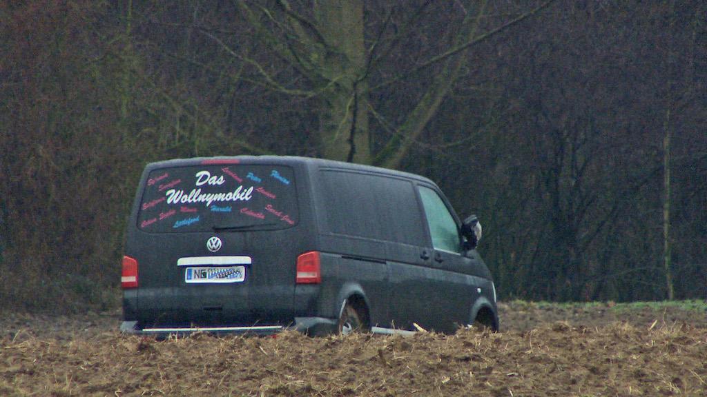 Wieder Ärger: Wilde Verfolgung mit Wollny-Mobil