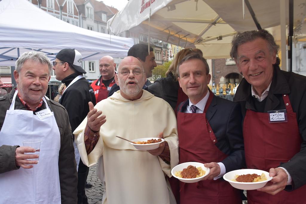 Manni Breuckmann, Pater Wolfgang, OB Thomas Geisel und Wolfgang Rolshoven