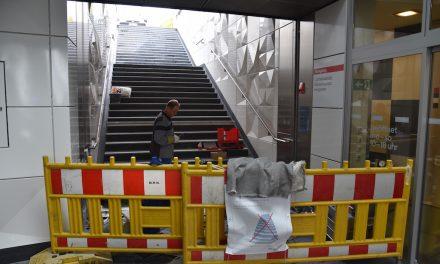 Gleich wieder dicht: Pfusch an Wehrhahn-Linien-Bahnhöfen