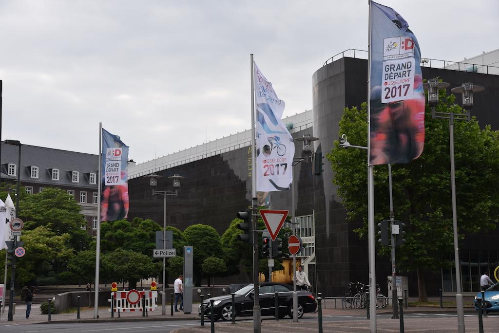 Beflaggung am Kunstmuseum Foto: LOKALBÜRO