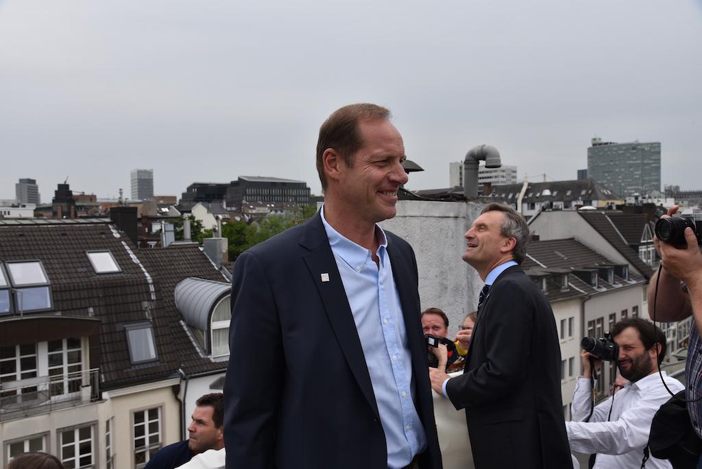 Tour-Direktor Christian Prudhomme und OB Thomas Geisel Foto: LOKALBÜRO