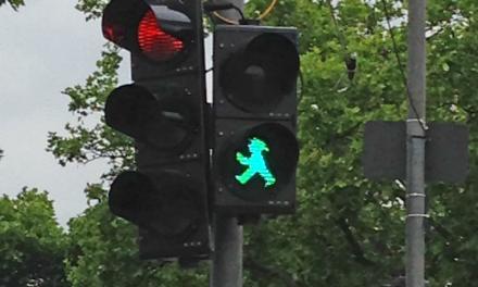 Düsseldorf hat sie wieder – die Ampelmännchen