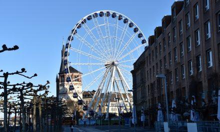 Aufbau Riesenrad beginnt am 9. Oktober