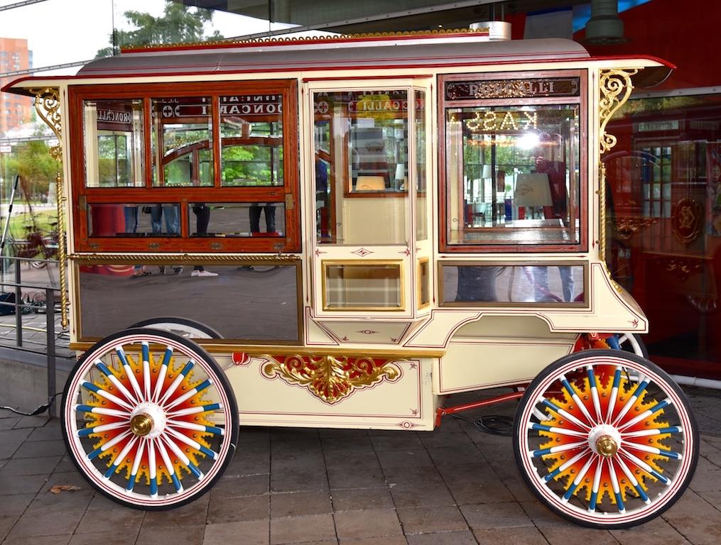 Historische Wagen Foto: LOKALBÜRO