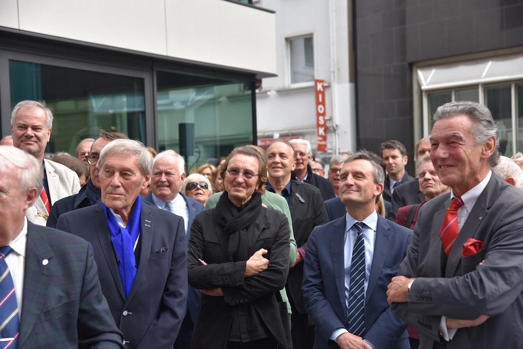 Links der Küstler Bert Gerresheim Foto: LOKALBÜRO