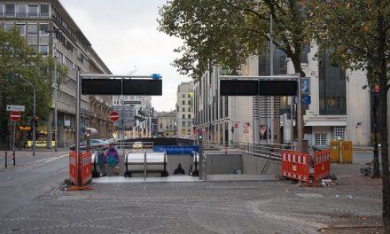 Jetzt gerade: Die Glühwein-Anzeigetafeln der Rheinbahn