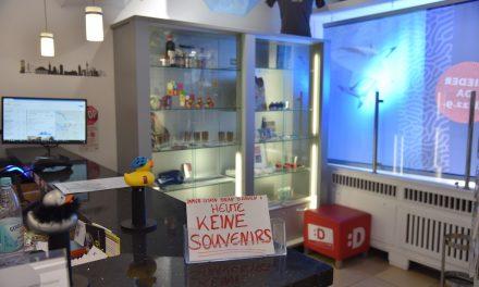 Eigentor: Verkaufsverbot für Andenken
