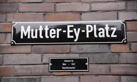Mutter-Ey ihr neuer Platz