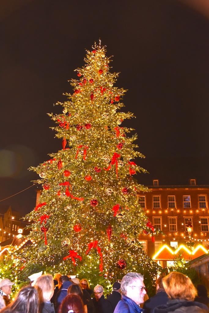 Weihnachtsmarkt Düsseldorf Eröffnung.Weihnachtsmärkte Eröffnet Lokalbüro Düsseldorf