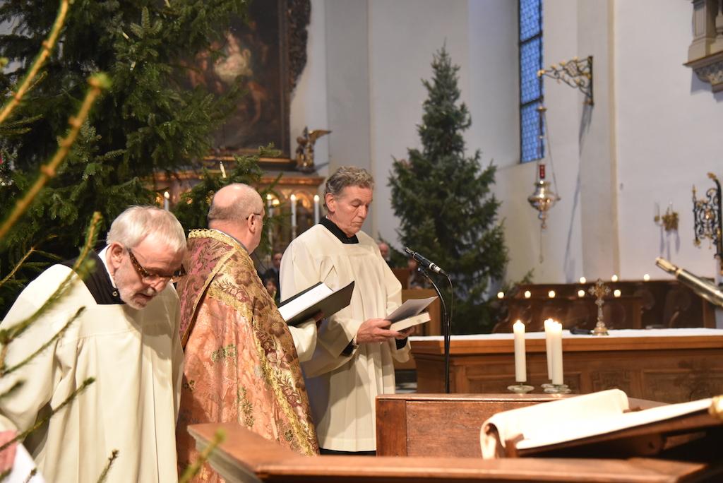 v.l. Engelbert Oxenfort, Diakon Karl-Hans Danzeglocke und Wolfgang Rolshoven Foto: LOKALBÜRO