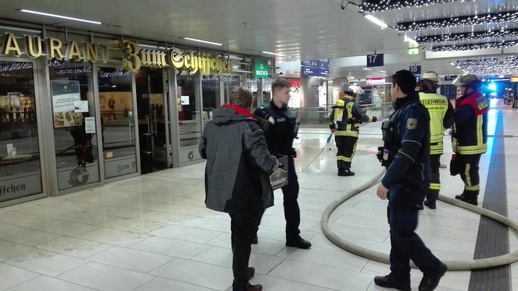 Feuer im Hauptbahnhof Foto: LOKALBÜRO