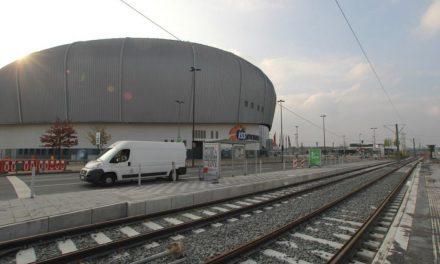 Weihnachts-Geschenk: Rheinbahn rumpelt zum Dome