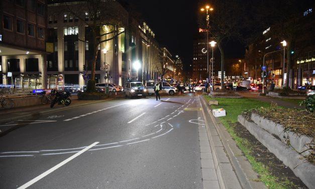 Fußgänger bei Verkehrsunfall von Motorrad erfasst und schwer verletzt