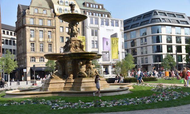 Corneliusplatz – hurra, er lebt wieder