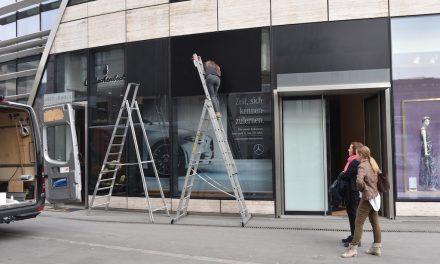 Mercedes eröffnet Showroom im KöBogen
