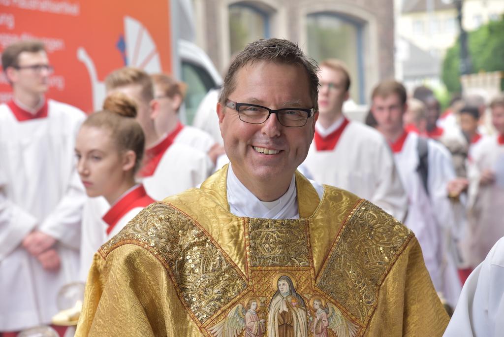Stadtdechent Monsignore Ulrich Hennes Foto: LOKALBÜRO