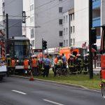 35-jährige Radfahrerin stirbt nach Kollision mit Straßenbahn