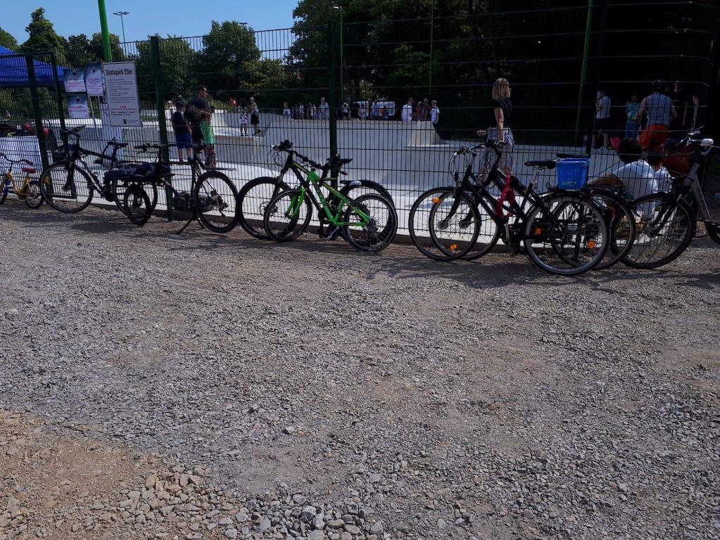Fehlende Fahrradständer Foto: LOKALBÜRO