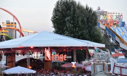 Uerige — Zelt doch auf der Rheinkirmes