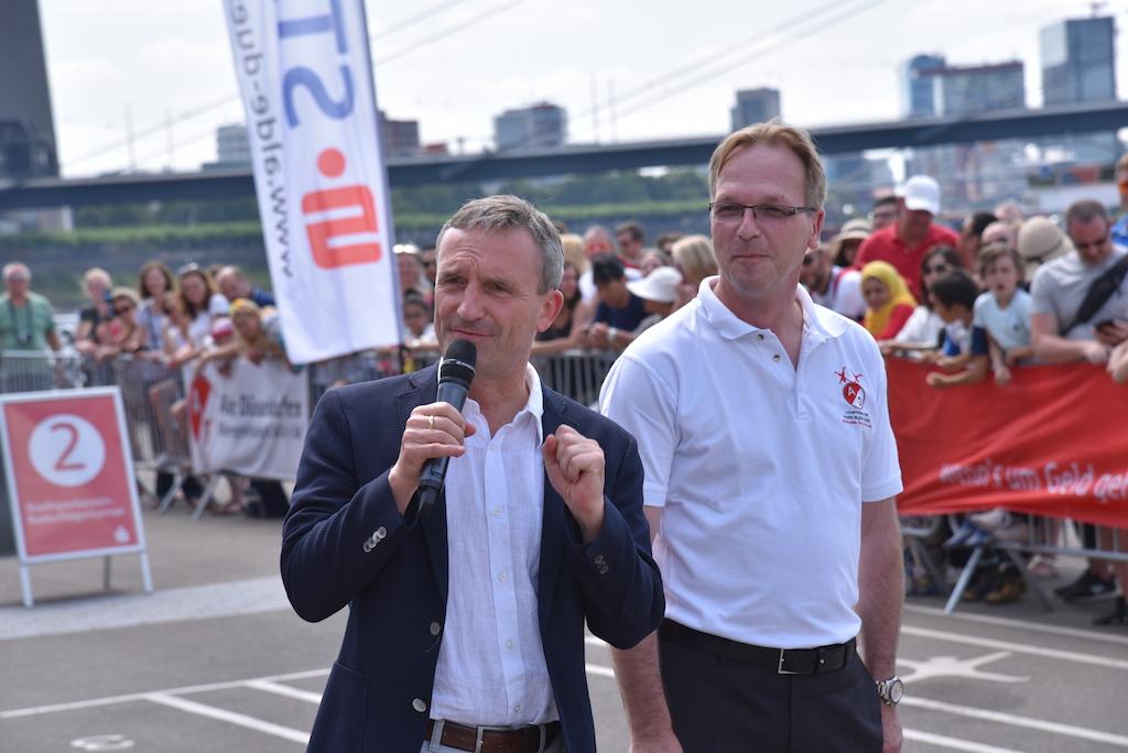 Oberbürgermeister Thomas Geisel und Thomas Perlick Foto: LOKALBÜRO