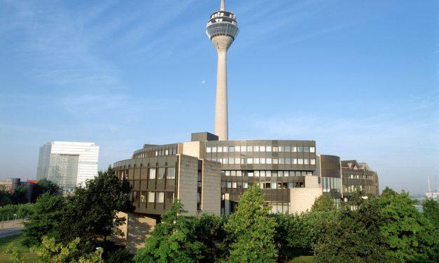 Der Landtag am Rhein wird 30