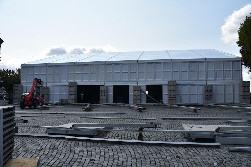Festhalle auf dem Burgplatz