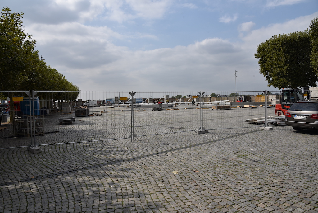 Aufbau Zelt für Altstadtfestival
