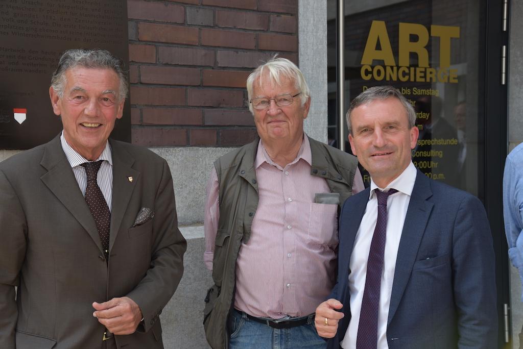 Wolfgang Rolshofen, Dr. W. Oberhoff und OB Thomas Geisel Foto: LOKALBÜRO