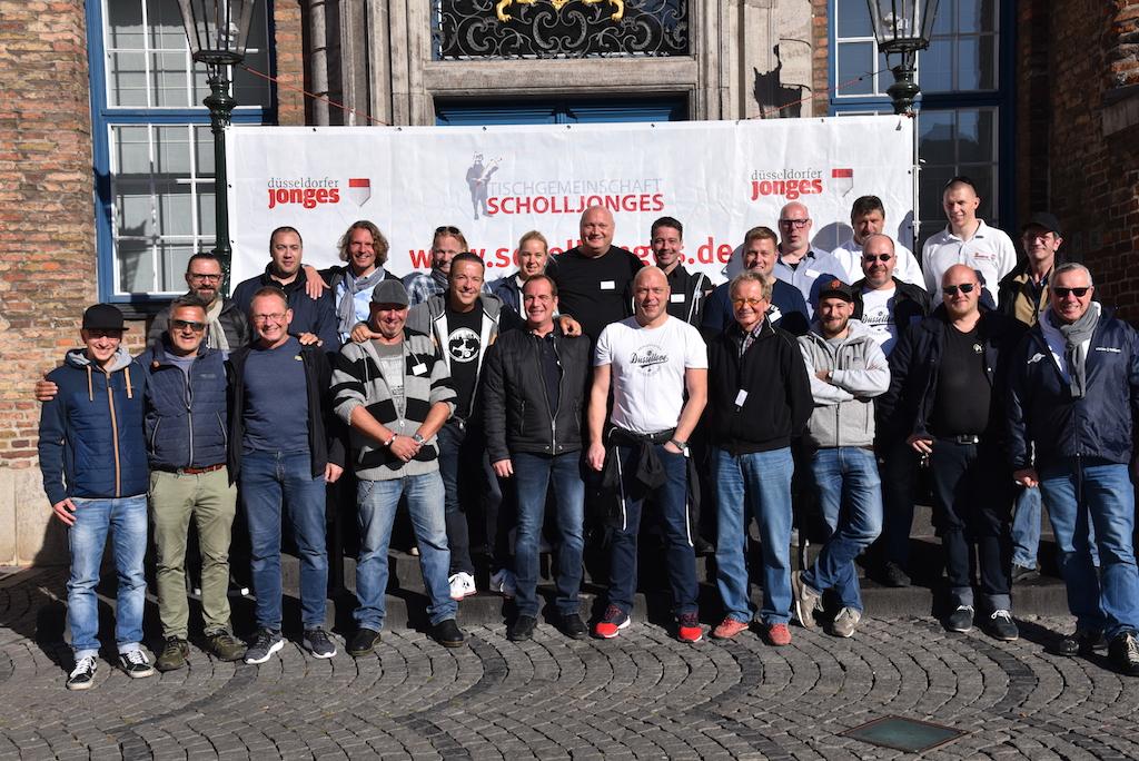 Tischgemeinschaft Scholljonges Foto: LOKALBÜRO