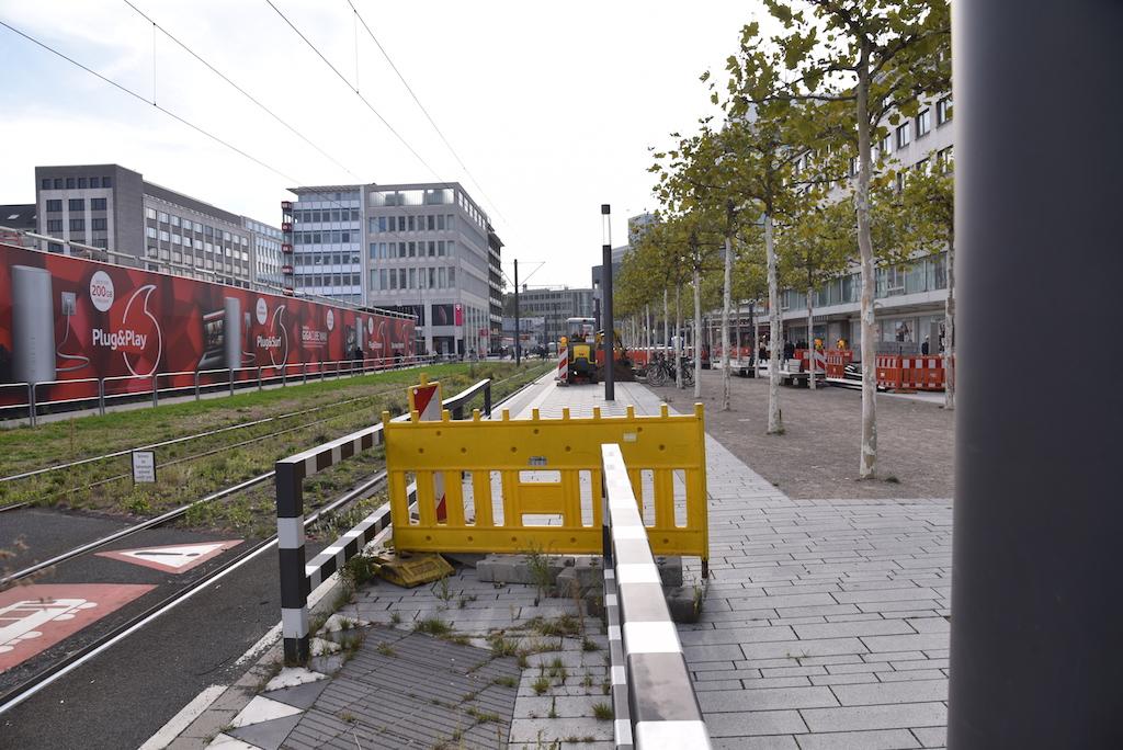 Arbeiten an der Haltestelle Schadowplatz Foto: LOKALBÜRO