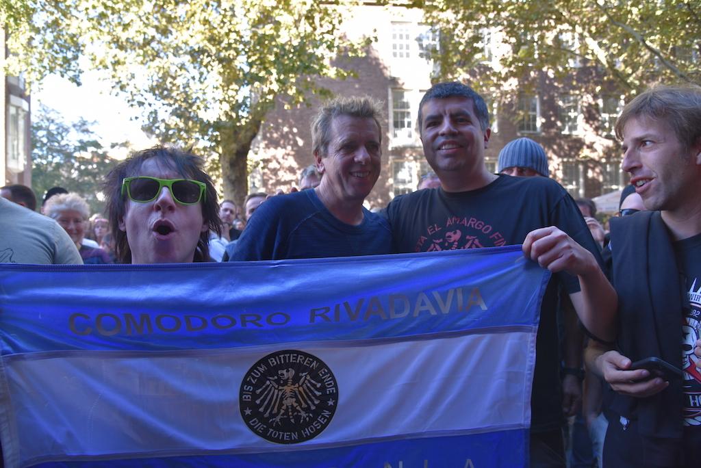 Ritchie, Andy und Fan Foto: LOKALBÜRO