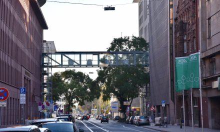 Fußgängerbrücke auf der Kasernenstraße wird abgerissen