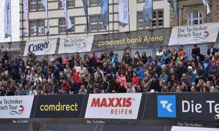 Die besten Beach-Volleyballer sind zum zweiten Mal auf dem Düsseldorfer Burgplatz zu Gast