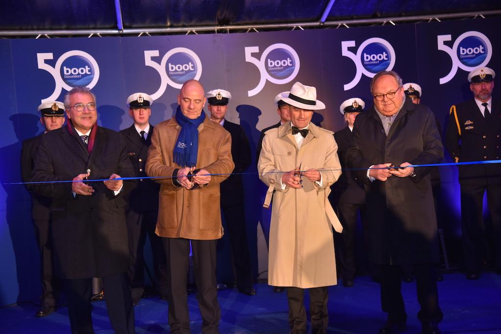 boot Chef Petros Michelidakis, boot Präsident Robert Marx, OB Thomas Geisel und Messechef Werner Dornscheidt Foto: LOKALBÜRO
