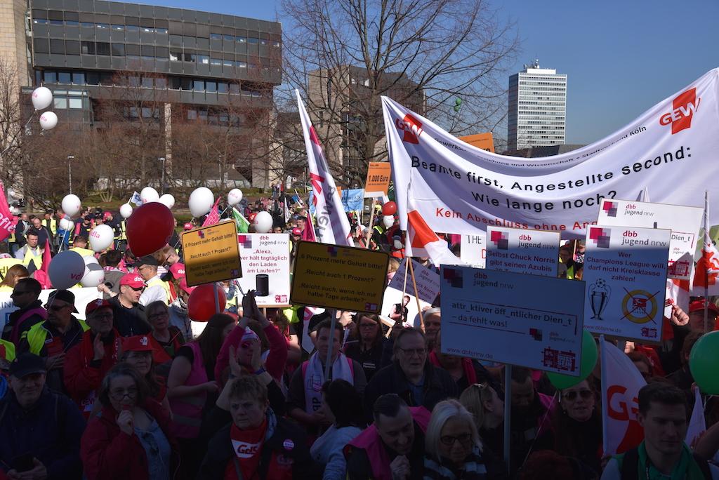 Demo in Düsseldorf Foto: LOKALBÜROO