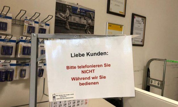 Postshop in Flingern: offensiv gegen Handy-Nerver