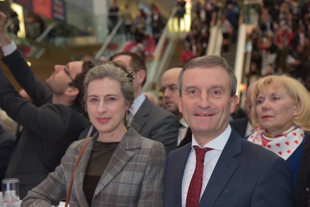 Oberbürgermeister Thomas Geisel und Ehefrau Vera Foto: LOKALBÜRO