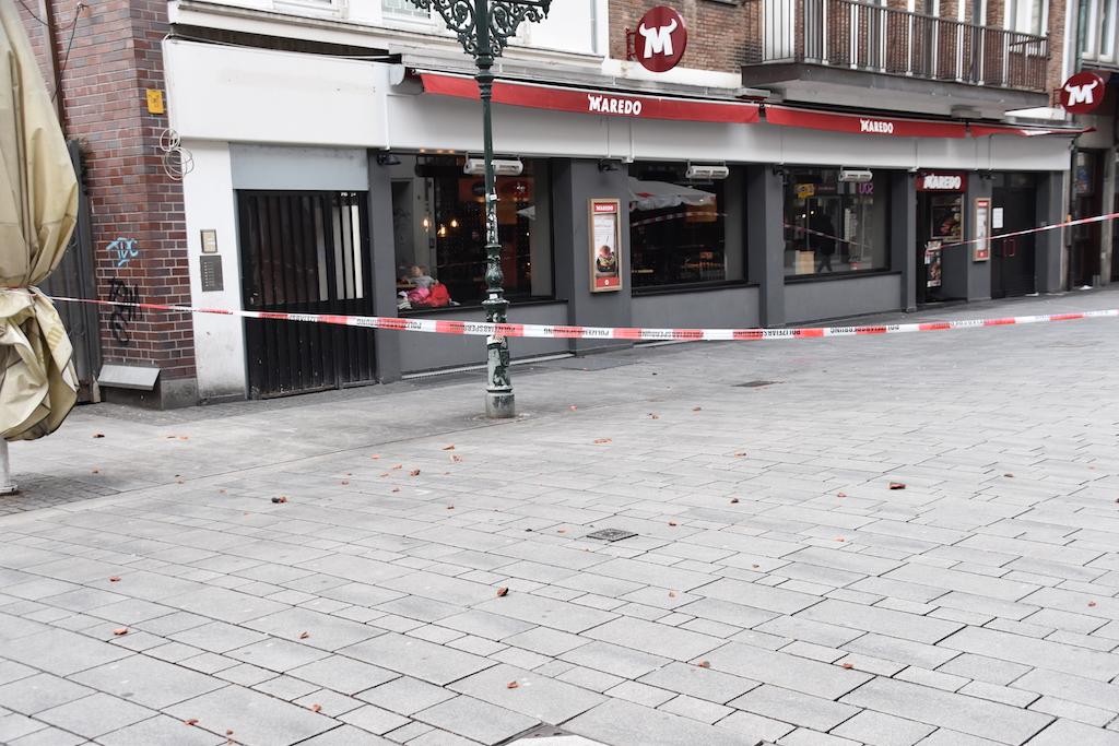 Dachziegel gesperrter Bereich Bergerstraße Foto: LOKALBÜRO