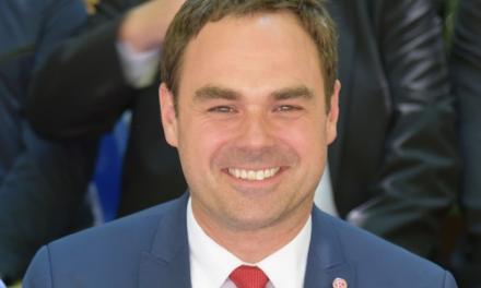 Robert Schäfer scheidet aus dem Vorstand aus