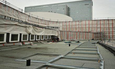 Schauspielhaus Düsseldorf: 250 neue Fenster werden montiert