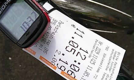 Radfahrer folgen Hartnigk Vorschlag.…